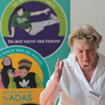 Barbara John spricht auf der Er&0um;ffnungsveranstaltung