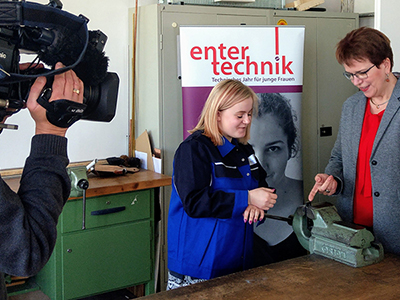 SPD-Europakandidatin Gaby Bischoff bei LIFE e.V.